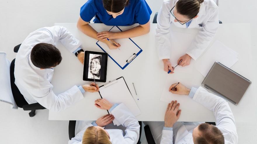 Indicadores de calidad y cuadros de mando en la clínica dental